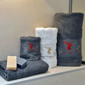 Stag bath towel 70x140 cm