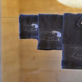 Guest Towel with a polar bear