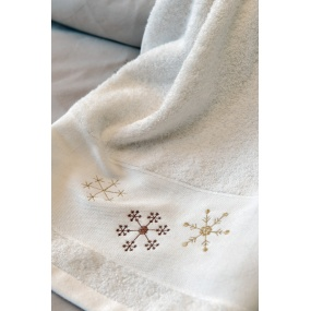 Snowflakes guest towel