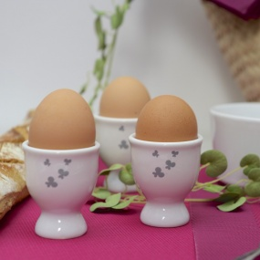 Egg cups with butterflies (pack of 6)