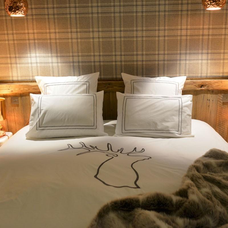 housse de couette cerf housse de couette montagne. Black Bedroom Furniture Sets. Home Design Ideas