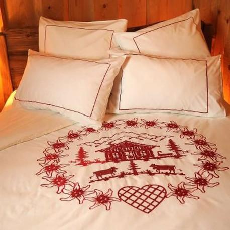 housse de couette chalet rouge d co montagne vagabonde. Black Bedroom Furniture Sets. Home Design Ideas