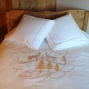 Duvet cover with pair of deer embroidered